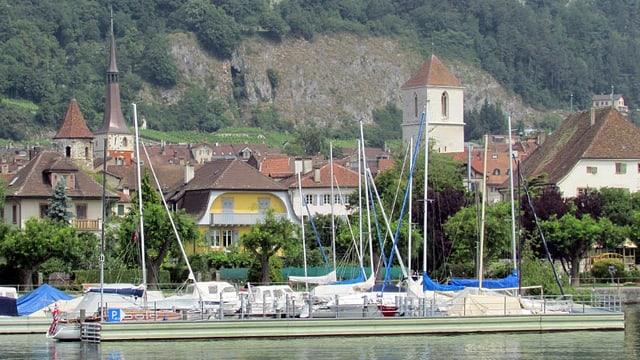 Hafen von La Neuveville.