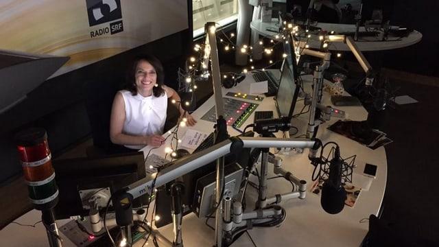 Mona Vetsch im Studio