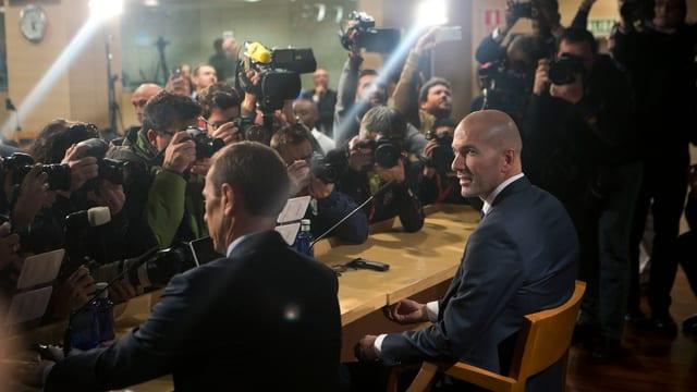 Zidane an der Medienkonferenz.