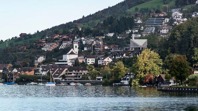 Ansicht der Gemeinde Walchwil am Zugersee