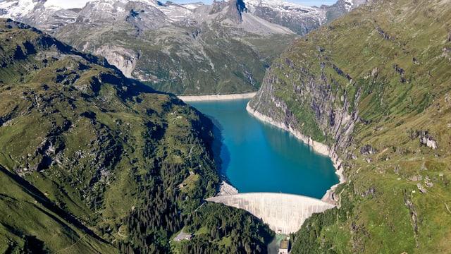 Stausee Zervreila im Bündner Oberland