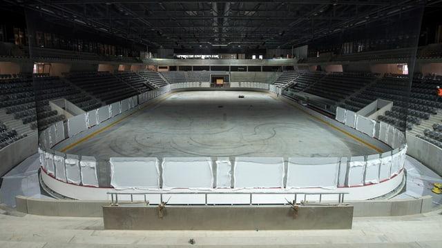 Blick in das neue Bieler Eisstadion