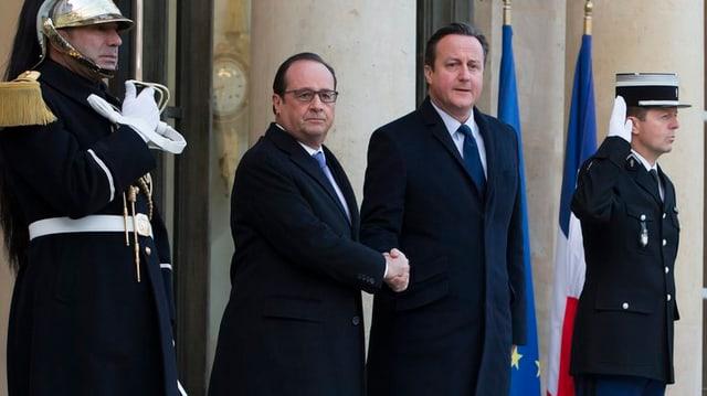 Il president da la Frantscha, François Hollande beneventa il primminister da la Gronda Britannia, David Cameron.