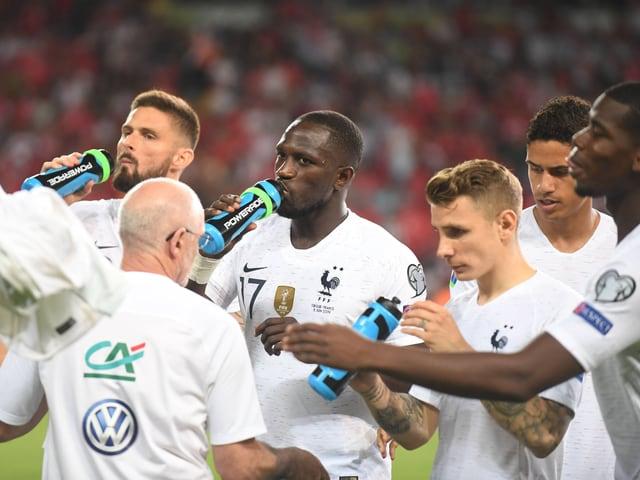 Frankreichs Weltmeister bei der Partie in Konya.