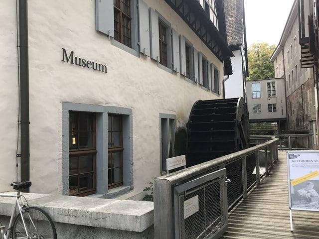 Papiermuseum von aussen