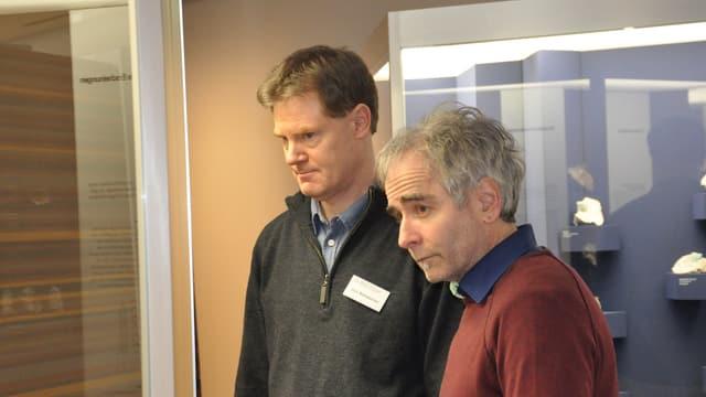 Il directur dal museum Ueli Rehsteiner ed il pedagog dal museum Flurin Camenisch han preschentà il program per il 2016.