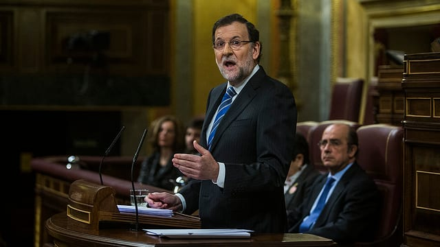 Il primminister Mariano Rajoy discurra en il parlament spagnol.