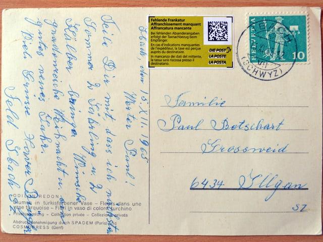 Eine beschriftete Postkarte aus dem Jahr 1965, die erst nach 50 Jahren in Illgau (SZ) an.
