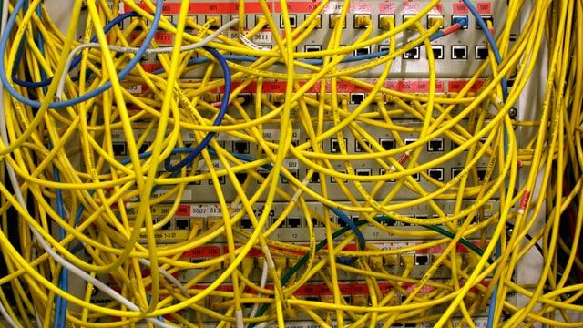Ethernet-Kabel, die für Internetverbindungen benötigt werden