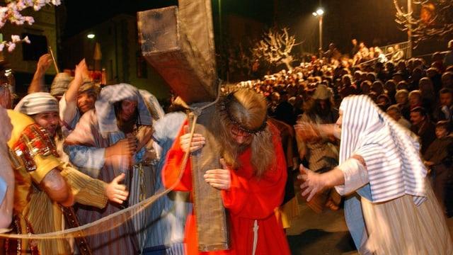 Purtret da la processiun da la Passiun da Cristus.