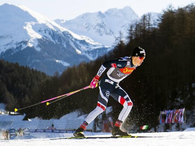 Johannes Klaebo beim Sprint in Tschierv