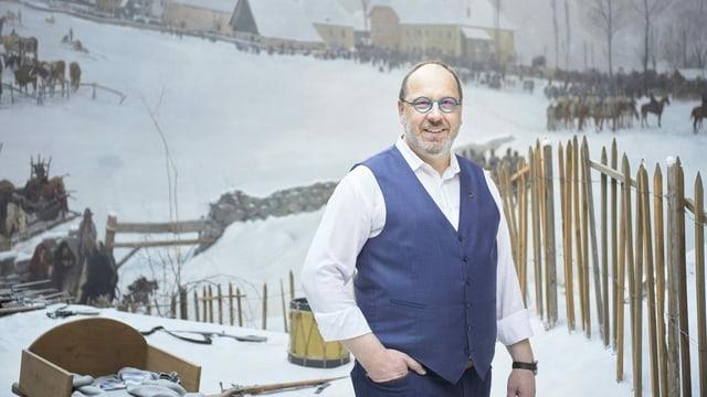 Historiker Patrick Deicher vor Bourbaki-Panorama-Gemälde