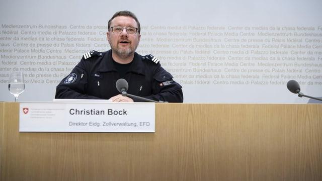 Christian Bock, der Leiter der Schweizerischen Zollverwaltung, an einer Corona-Medienkonferenz im Frühling 2020.