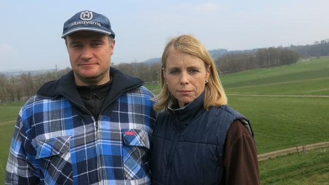 Kaspar und Lotti Kretz betreiben auf ihrem Land in Honau Mutterkuhhaltung für die Rindfleischproduktion.