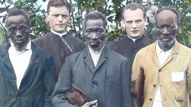 Eine kolorierte Abbildung von Missionaren und Brasilianern. Imago / United Archives