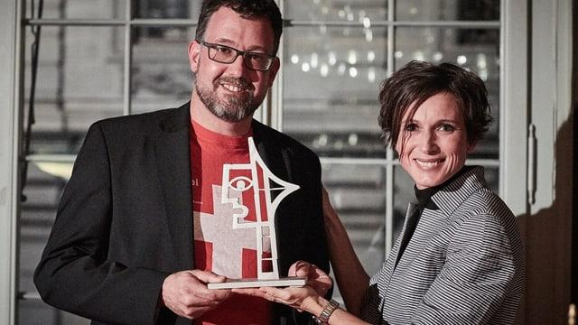 Michael Räber und Pascale Bruderer Wyss mit dem «Prix Courage».