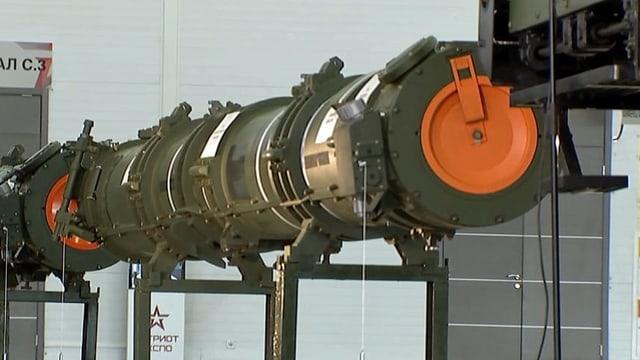 Die russische Rakete in einer Ausstellung.