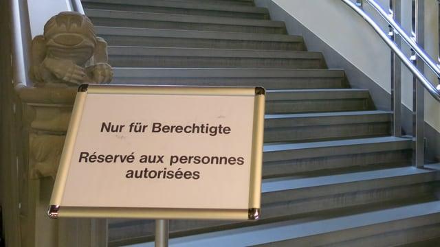 Treppe im Rathaus.