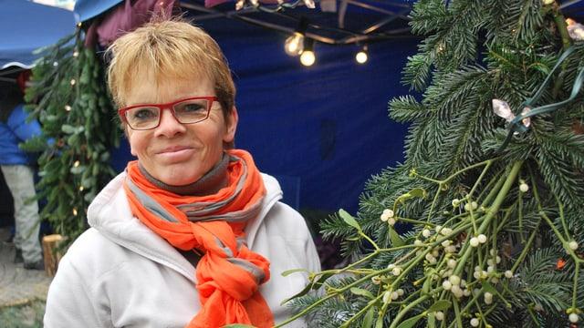 Therese Bähler am Weihnachtsmarkt.