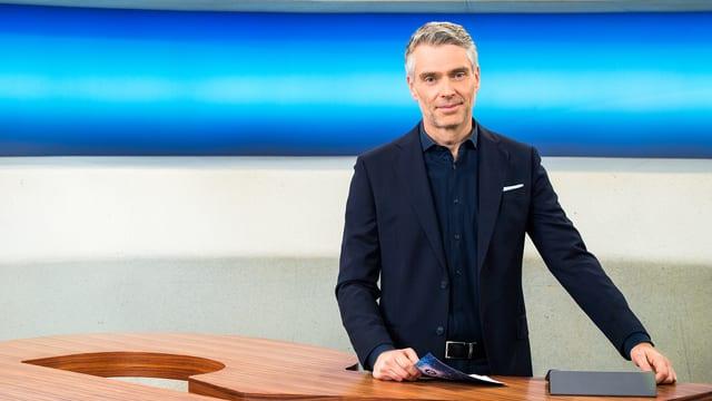 Sandro Brotz, Moderator «Rundschau»: Er führt auch live durch die vierte Ausgabe der TV-Sendung «Hallo SRF!» – gemeinsam mit ...