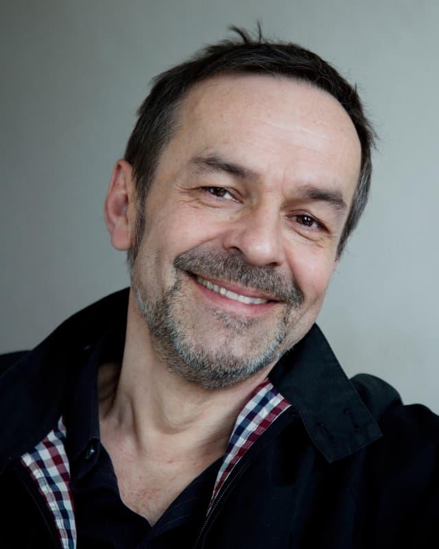 Portraitbild von Regisseur Marcel Gisler
