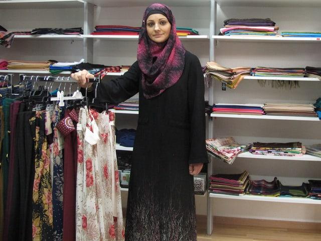 Ilahije Asani in ihrem Laden in Bern-Ausserholligen
