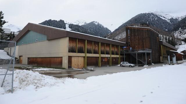 Center da sport e cultura a Mustér.