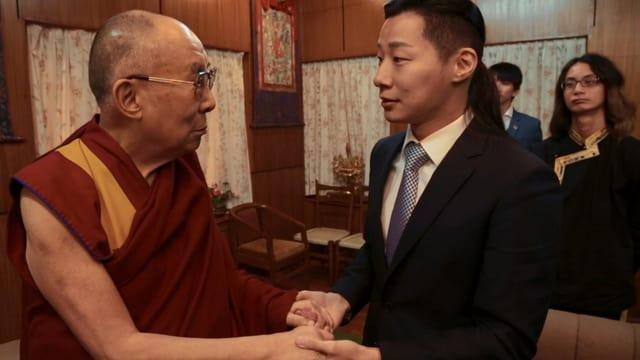 Freddy Lim im Palast des Dalai Lama: Von seinem Idol holt sich der Rockstar seine Inspiration.