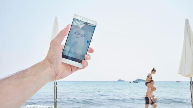 Am Strand schnell etwas googeln, das ist in Zukunft ohne Roaming-Gebühren möglich.