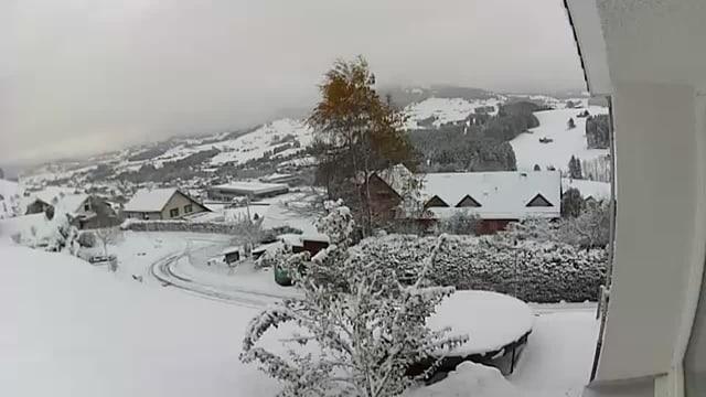 Verschneite Landschaft bei Waldstatt.