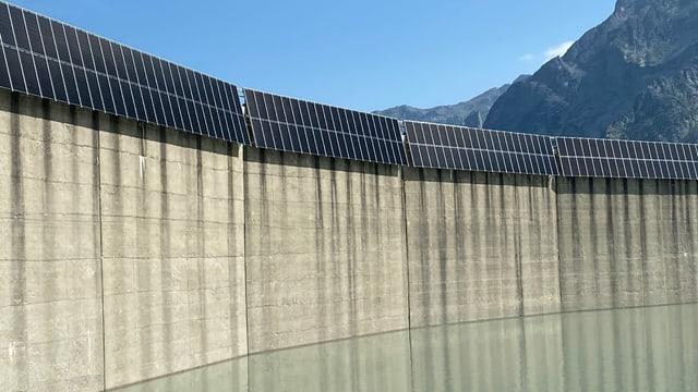 Mir da serra e panels solars