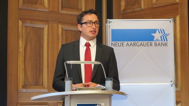 Ökonom, Fabian Hürzler, hat die Studie für die NAB ausgearbeitet.