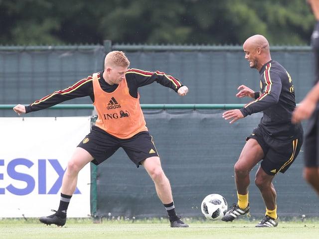 Vincent Kompany (r.) im Training.