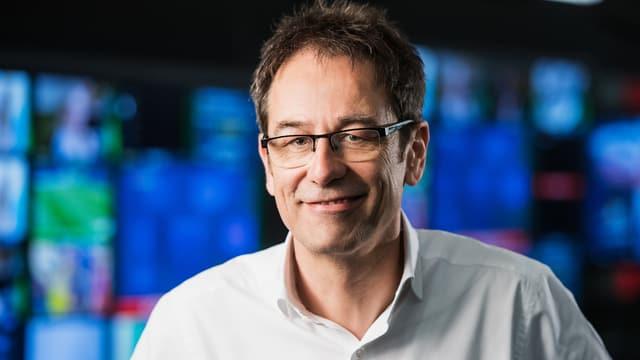 Als Chefredaktor TV verantwortet Tristan Brenn eine breite Palette an Fernsehformaten, die umfassend, sachgerecht, vielfältig und unabhängig informieren.