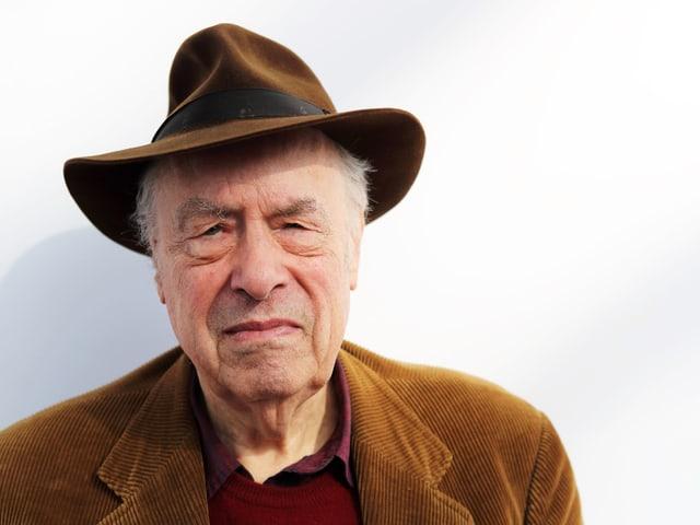 Porträt Karl Heinz Bohrer mit Hut