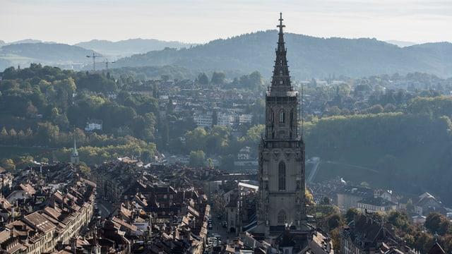 vista sin la citad veglia da Berna, dretg il Münster