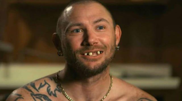 John Finley ist einer von drei Ehemännern des Tigerkönigs. Ihm sind vom Crystal Meth die Zähne ausgefallen.