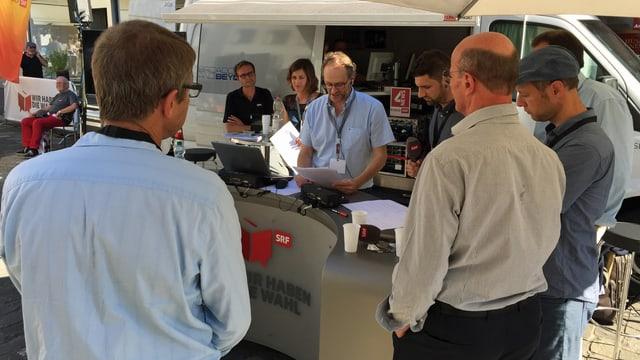 Die Info-3-Crew live auf dem Mühlenplatz.
