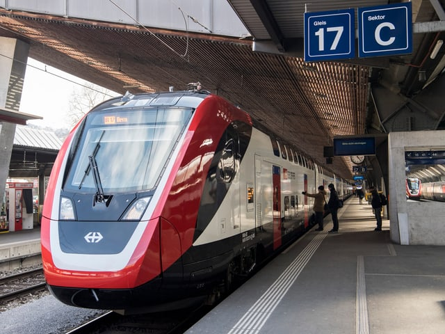Neuer Zug im Hauptbahnhof