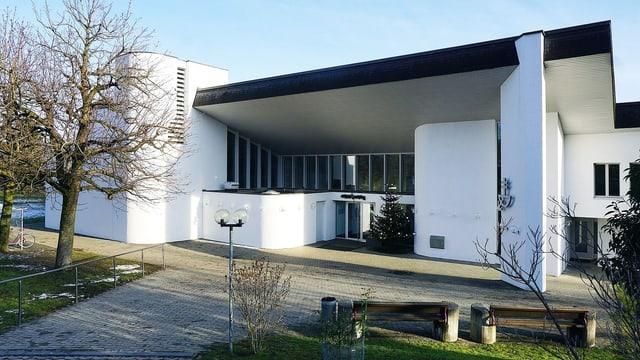 Der Eingang des ökumenischen Zentrums St. Andreas in Kehrsatz.