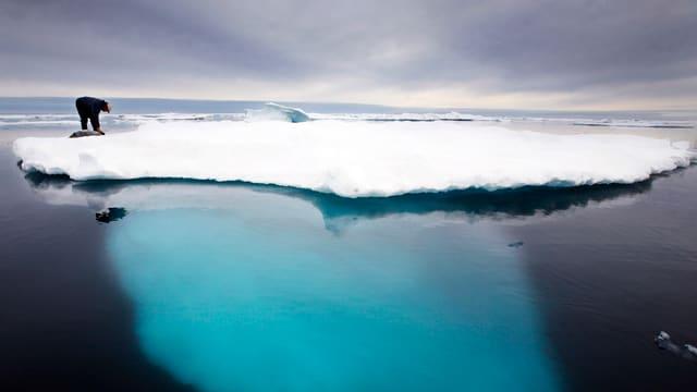 Glatsch en la Grönlandia che lieua.