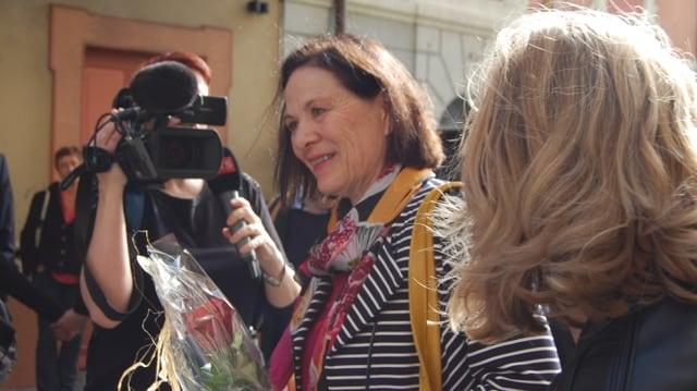 Esther Waeber trifft in Sitten ein