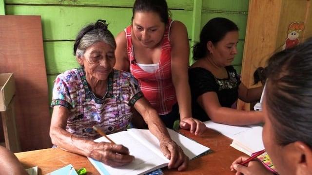 Video «Ana Garcia Nij unterrichtet die Aermsten» abspielen