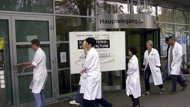 Auch im Kantonsspital Aarau gibt es bei den Löhnen grosse Unterschiede.