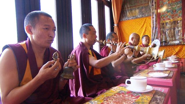 Video «Zum Geburtstag des Dalai Lama» abspielen