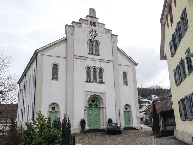 Die Fassade der Synagoge von Aussen.