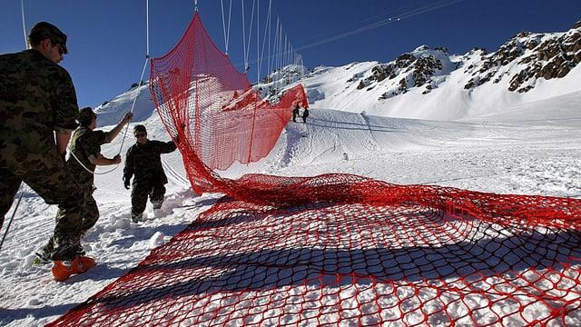 Militär hilft bei Skiweltcuprennen