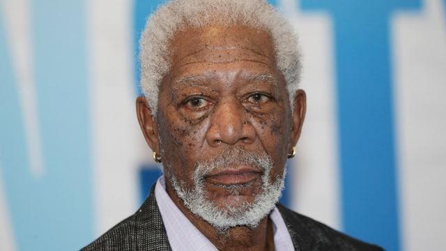 Morgan Freeman ernst im Bild