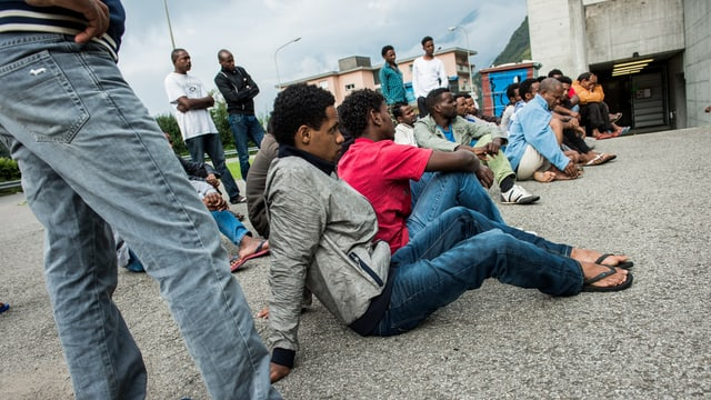Asylbewerber aus Eritrea im Durchgangszentrum Lumino.