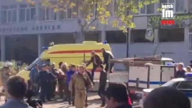 ambulanza e fulla da persunas.